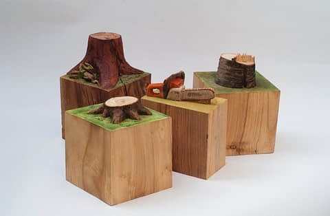 Martin Krammer, Machen (4-tlg), Acryl und Aquarellfarbe, verschiedene Hölzer, verschiedene Masse, Grundflächen 13x13cm, Höhe bis 21cm, 2010